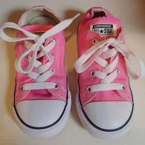 Girls Converse All Stars Size 9